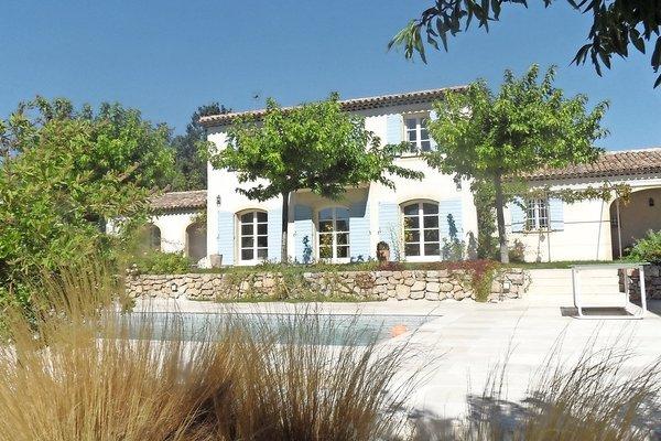 EGUILLES - Annonce Maison à vendre8 pièces - 260 m²