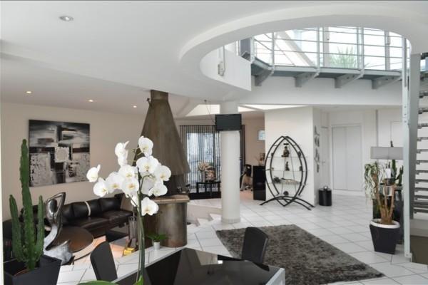 vente maison villa 4 pi ces 170 m begles ateliers lofts. Black Bedroom Furniture Sets. Home Design Ideas