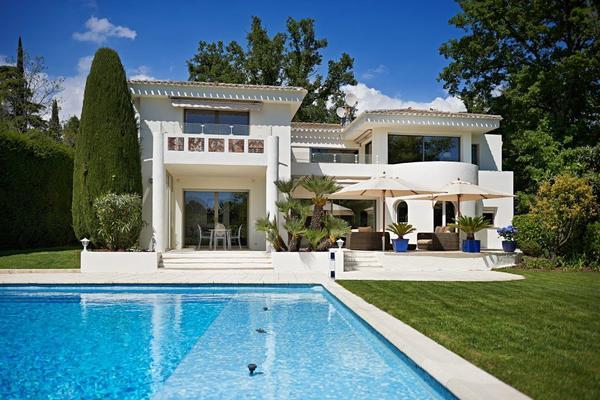 MOUGINS - Annonce Maison à vendre10 pièces - 265 m²
