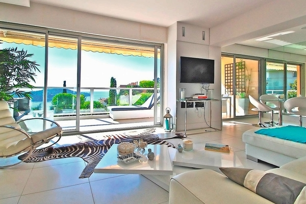 VILLEFRANCHE-SUR-MER - Annonce Appartement à vendre