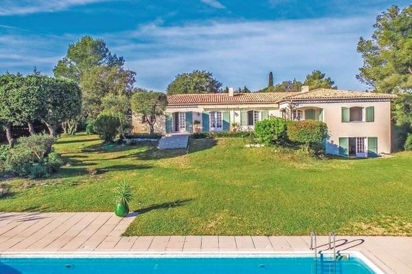 ROQUEFORT-LES-PINS - Annonce Maison à vendre7 pièces - 220 m²