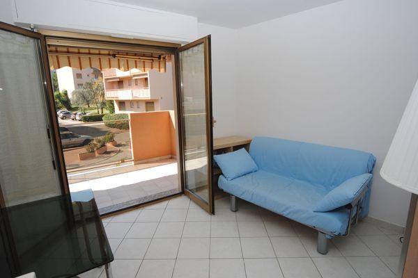 ROQUEBRUNE-CAP-MARTIN - Annonce Appartement à vendre2 pièces - 25 m²