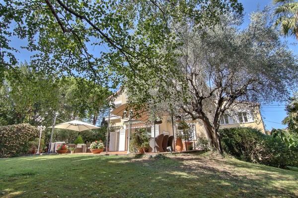LE CANNET - Annonce Maison à vendre5 pièces - 275 m²