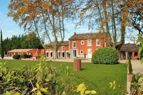 MOLLÈGÉS - Annonce Maison à vendre10 pièces - 400 m²