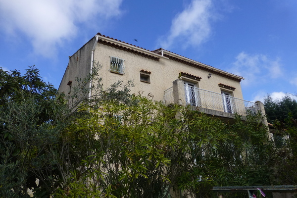 CEYRESTE - Annonce Maison à vendre8 pièces - 219 m²