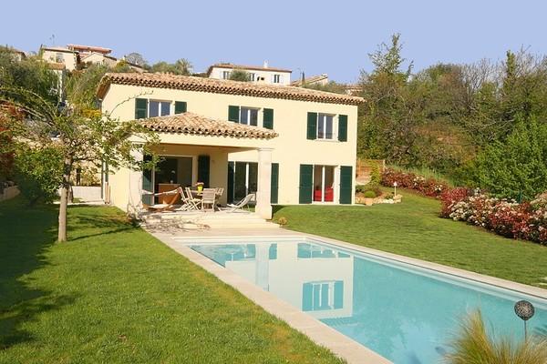 VENCE - Annonce Maison à vendre5 pièces - 200 m²