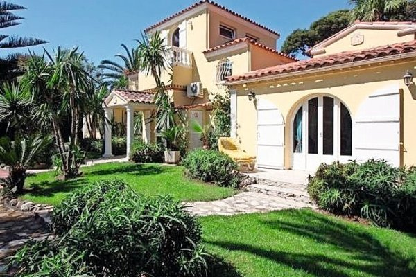 CAP D'ANTIBES - Annonce Maison à vendre220 m²