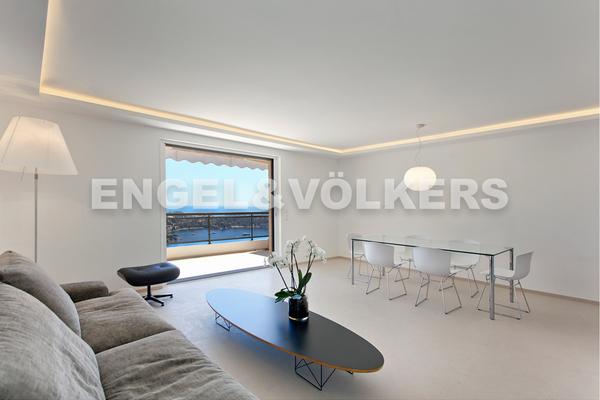 VILLEFRANCHE-SUR-MER - Annonce Appartement à vendre5 pièces - 117 m²
