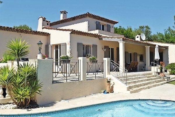 ROQUEFORT-LES-PINS - Annonce Maison à vendre9 pièces - 270 m²