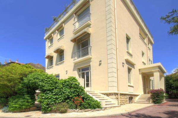 CANNES - Annonce Maison à vendre10 pièces - 220 m²