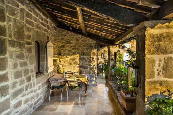JOYEUSE - Annonce Maison à vendre9 pièces - 340 m²