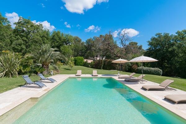 ROQUEFORT-LES-PINS - Annonce Maison à vendre8 pièces - 220 m²