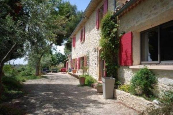 PELISSANNE - Annonce Maison à vendre7 pièces - 250 m²