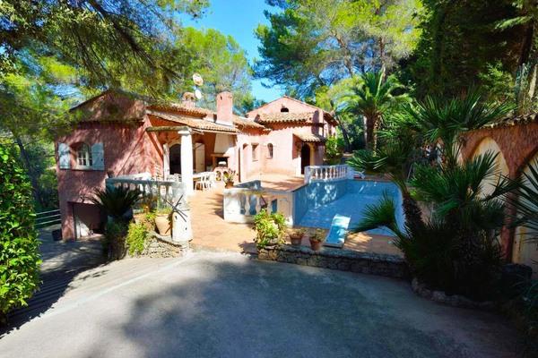 ANTIBES - Annonce Maison à vendre6 pièces - 210 m²