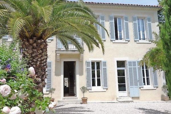 LA CIOTAT - Annonce Maison à vendre6 pièces - 195 m²