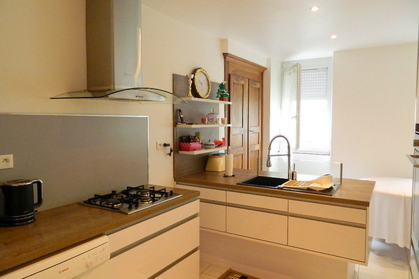 LES VANS - Annonce Maison à vendre8 pièces - 155 m²