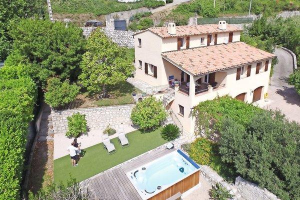 VENCE - Annonce Maison à vendre6 pièces - 140 m²