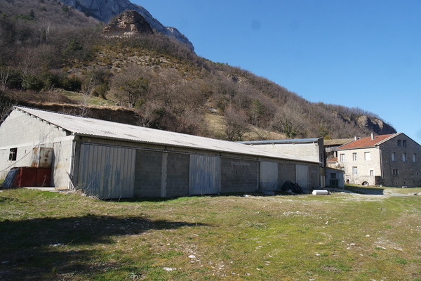 ST LAURENT EN ROYANS - Annonce Maison à vendre11 pièces - 400 m²