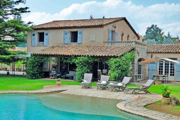 LA ROQUETTE-SUR-SIAGNE - Annonce Maison à vendre7 pièces - 228 m²