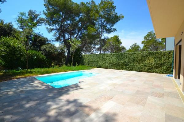 VALLAURIS - Annonce Maison à vendre8 pièces - 240 m²
