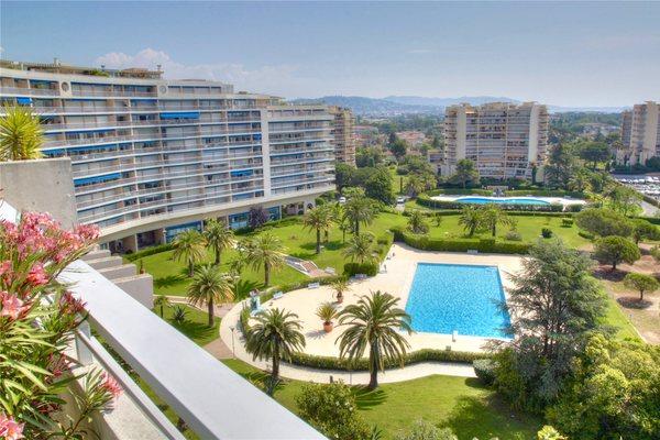 MANDELIEU-LA-NAPOULE - Annonce Appartement à vendre5 pièces - 151 m²
