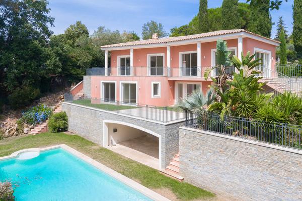 ANTIBES - Annonce Maison à vendre8 pièces - 250 m²