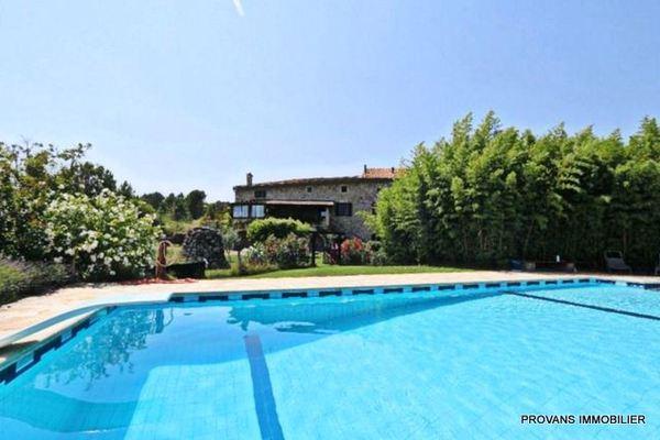 LES VANS - Annonce Maison à vendre14 pièces - 450 m²