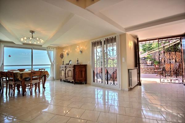 THÉOULE-SUR-MER - Annonce Maison à vendre6 pièces - 320 m²