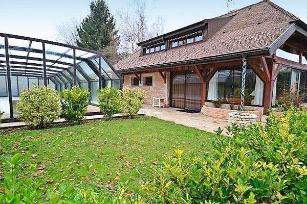 PRÉVESSIN-MOËNS - Annonce Maison à vendre