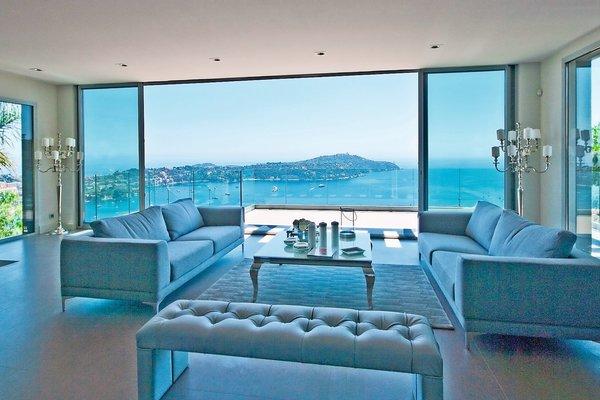 VILLEFRANCHE-SUR-MER - Annonce Maison à vendre7 pièces - 300 m²