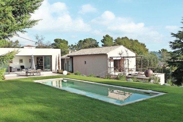 MOUGINS - Annonce Maison à vendre8 pièces - 250 m²