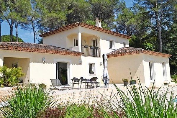 ROQUEFORT-LES-PINS - Annonce Maison à vendre6 pièces - 172 m²