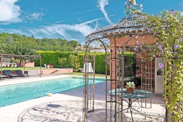 VALBONNE - Annonce Maison à vendre7 pièces - 240 m²