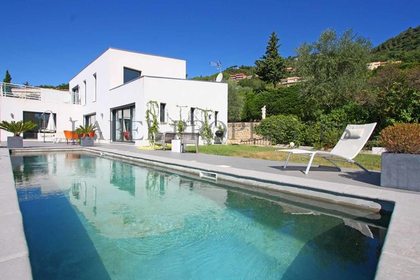 GRASSE - Annonce Maison à vendre5 pièces - 180 m²