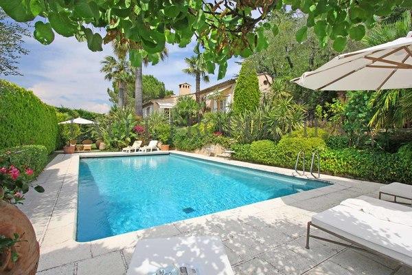 MOUGINS - Annonce Maison à vendre7 pièces - 170 m²