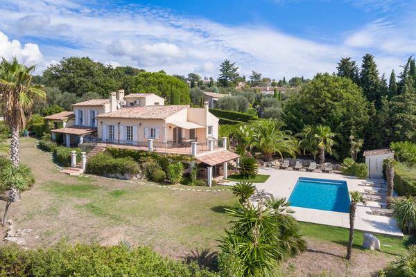OPIO - Annonce Maison à vendre8 pièces - 220 m²