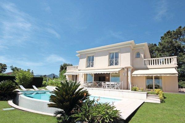 MANDELIEU-LA-NAPOULE - Annonce Maison à vendre6 pièces - 230 m²