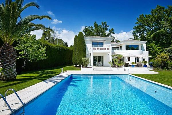 MOUGINS - Annonce Maison à vendre7 pièces - 265 m²