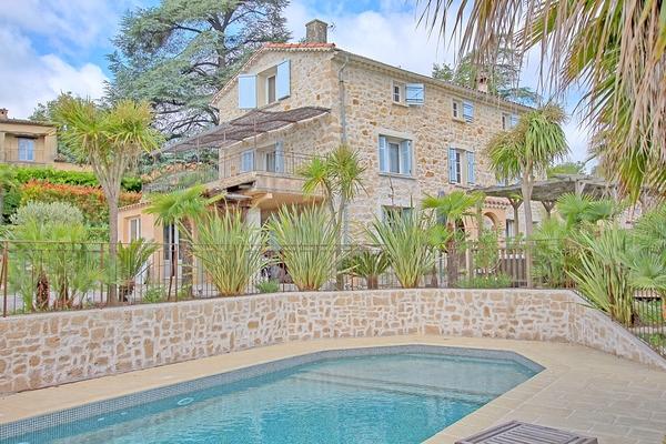 LE ROURET - Annonce Maison à vendre12 pièces - 400 m²