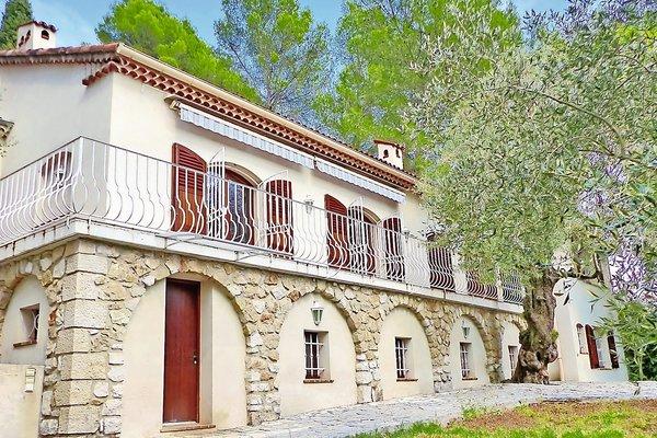 ROQUEFORT-LES-PINS - Annonce Maison à vendre6 pièces - 180 m²