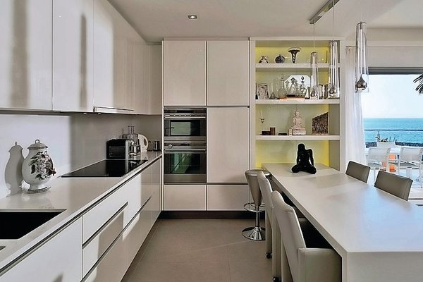 GOLFE JUAN - Annonce Maison à vendre8 pièces - 230 m²