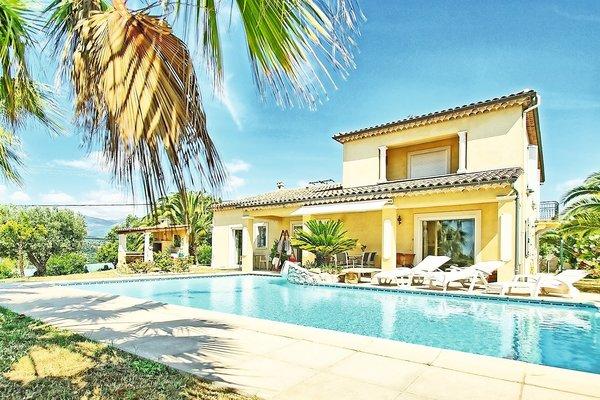 CAGNES-SUR-MER - Annonce Maison à vendre5 pièces - 210 m²