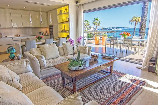 GOLFE JUAN - Annonce Appartement à vendre4 pièces - 120 m²
