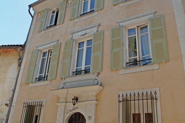 LA ROQUETTE-SUR-VAR - Annonce Maison à vendre12 pièces - 322 m²
