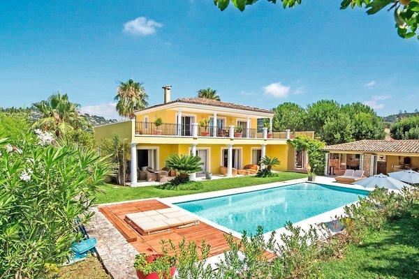 MOUGINS - Annonce Maison à vendre6 pièces - 270 m²