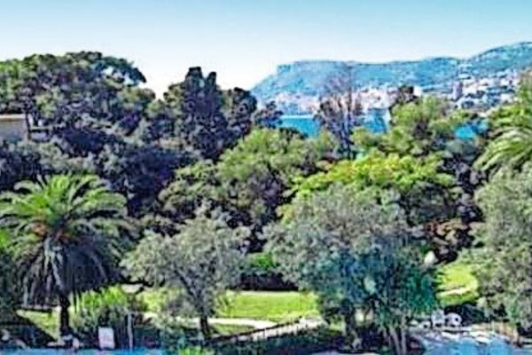 ROQUEBRUNE-CAP-MARTIN - Annonce Appartement à vendre4 pièces - 127 m²