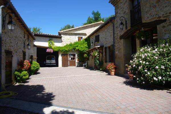 VALENCE - Annonce Maison à vendre9 pièces - 310 m²