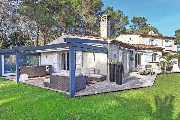 MOUGINS - Annonce Maison à vendre4 pièces - 105 m²