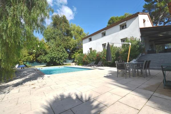 MOUGINS - Annonce Maison à vendre8 pièces - 270 m²