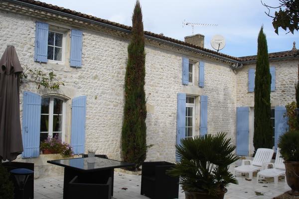 CORME ECLUSE - Annonce Maison à vendre5 pièces - 200 m²